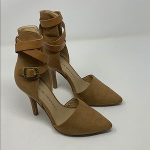Chinese Laundry safe haven tan heels Size 6
